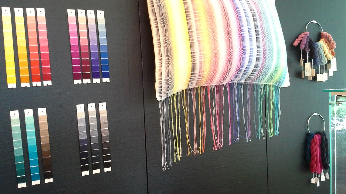 Farvning af uld- og silkegarn for begyndere